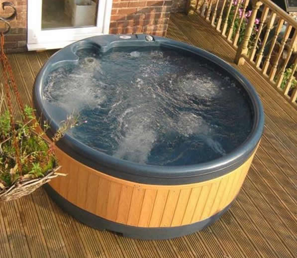 Customer supplied photo from Elite Hot Tub Hire